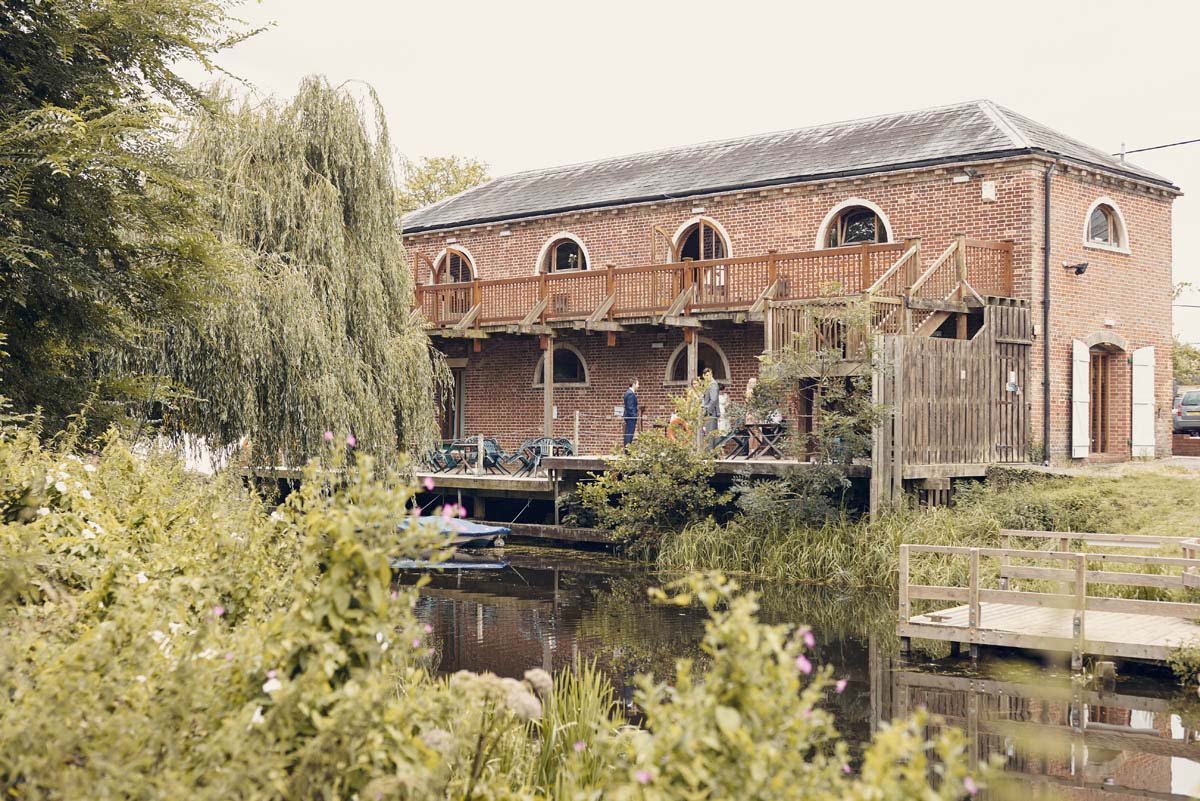 The Granary Wedding Venue Sudbury Suffolk Wedding Photography - www.helloromance.co.uk