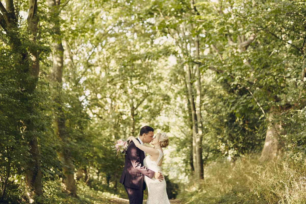 Wedding Photography at Abbots Hall, Museum of East Anglian Life, Stowmarket - www.helloromance.co.uk