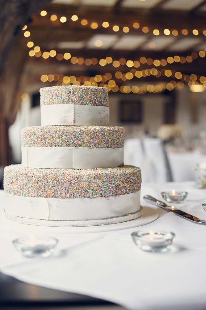 Wedding Cake with Hundreds and Thousands - www.helloromance.co.uk