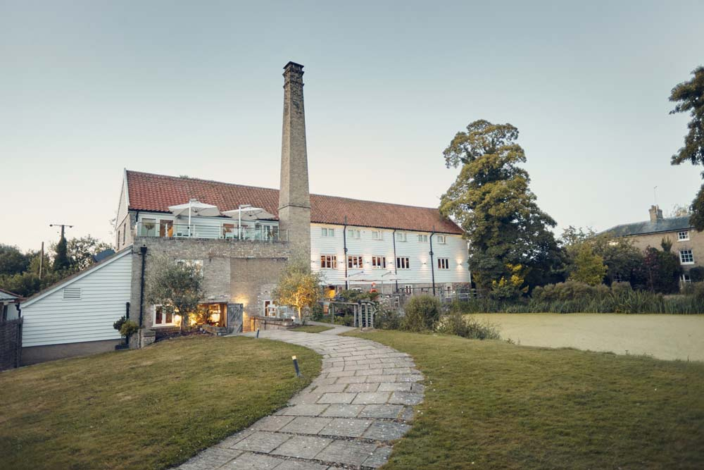 Tuddenham Mill wedding venue at dusk - www.helloromance.co.uk