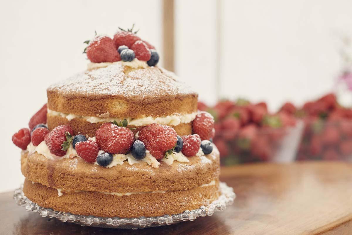 Suffolk Woodland Fairy Wedding Sponge Cake - www.helloromance.co.uk