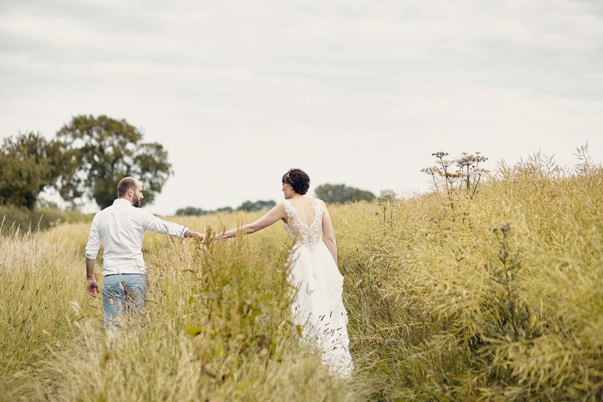 Suffolk Woodland Fairy Wedding Photos - www.helloromance.co.uk