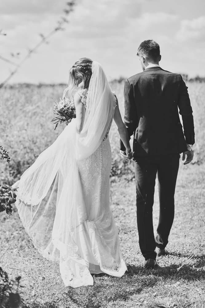Beautiful Norfolk black and white wedding photo - www.helloromance.co.uk