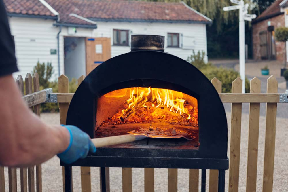 Pizza Oven at Norfolk Wedding - www.helloromance.co.uk