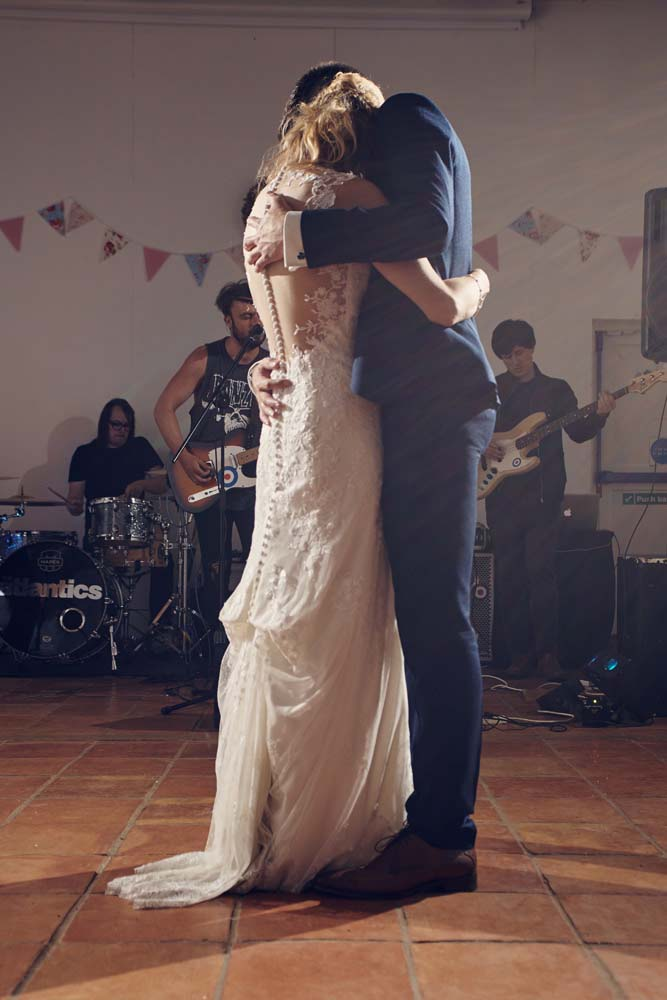 First Dance at Wingfield Barns - www.helloromance.co.uk