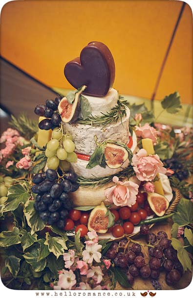 Awesome DIY cake at Essex wedding - www.helloromance.co.uk