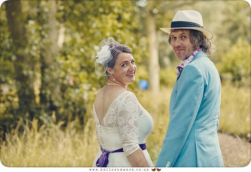 Quirky wedding photo, stylish - www.helloromance.co.uk
