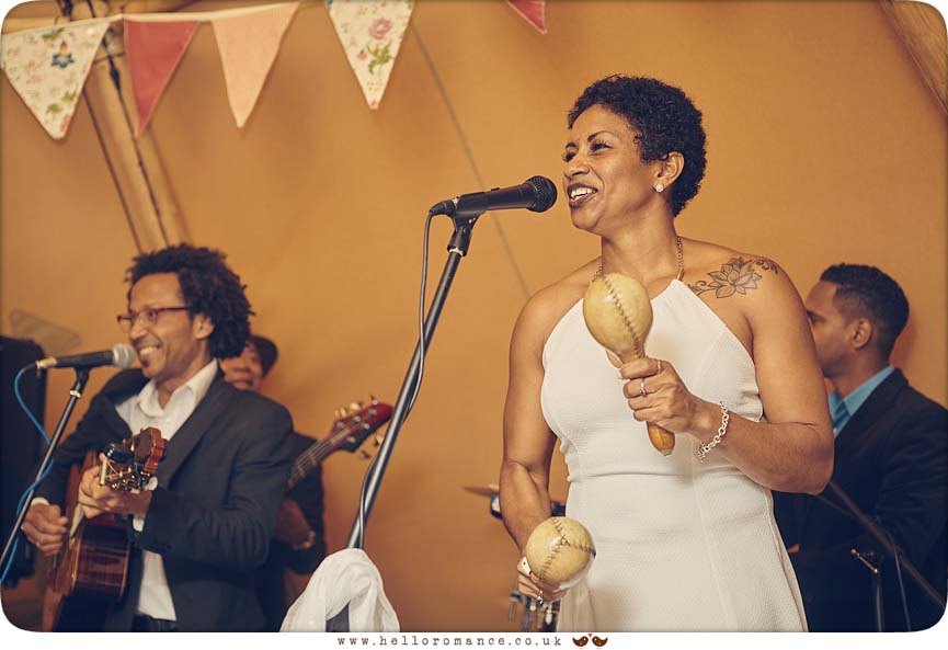 Son Yambu performing at wedding near Colchester, Essex, 2015 - www.helloromance.co.uk