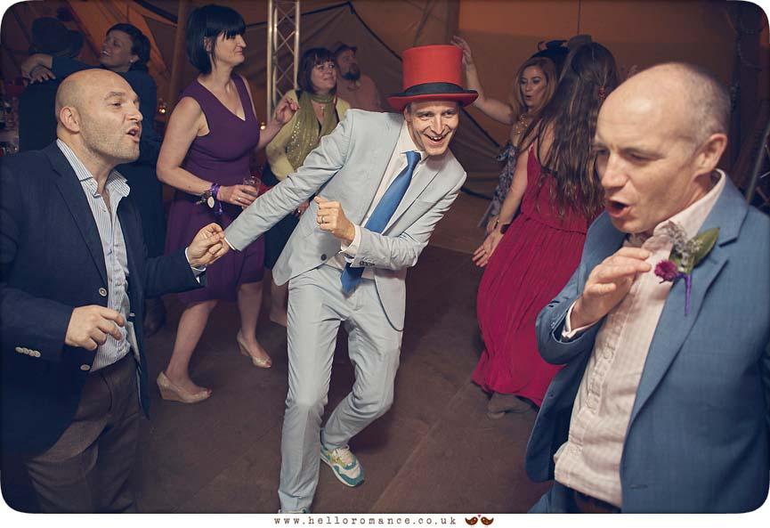 Dancing at 2015 Essex wedding - www.helloromance.co.uk