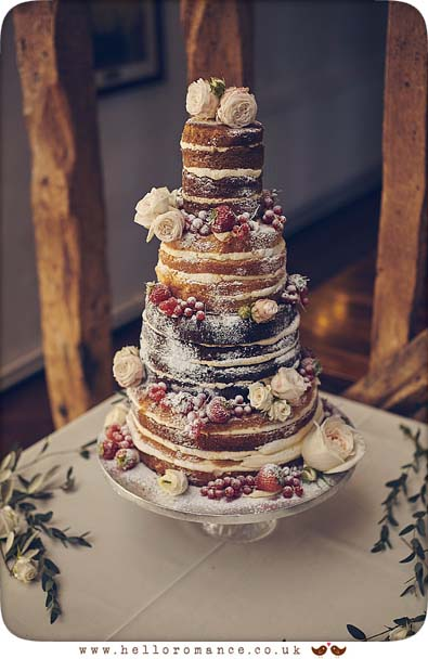 Stunning sponge wedding cake Alice in Wonderland tea party - www.helloromance.co.uk