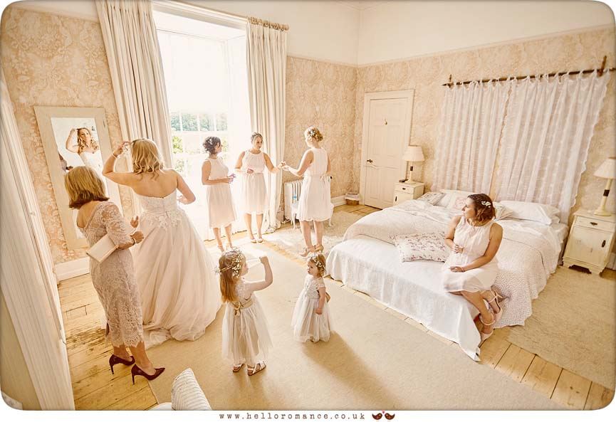 Bride and Bridesmaids in Bridal suite, Butley Priory - www.helloromance.co.uk