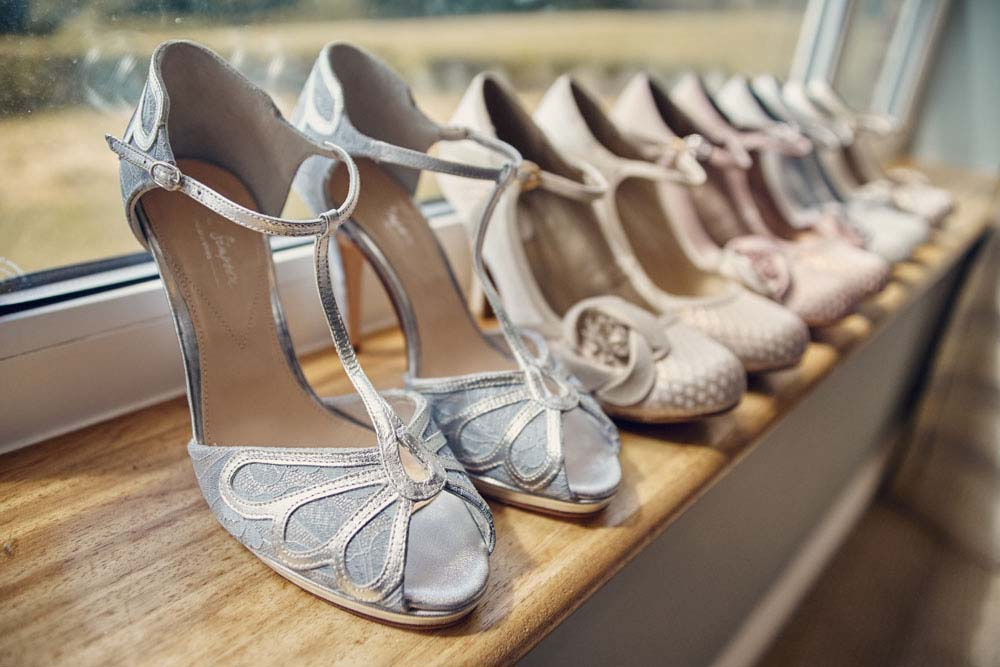 wedding shoes at Stoke-by-Nayland Golf Club - www.helloromance.co.uk