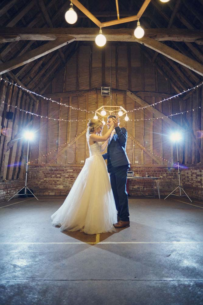 1st Dance, Sproughton Tithe Barn, Suffolk Wedding photography - www.helloromance.co.uk