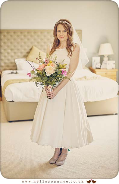 Bride at Stoke By Nayland Golf Club - www.helloromance.co.uk