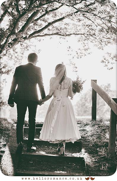 Beautiful back-lit photo of bride and groom in Essex - www.helloromance.co.uk