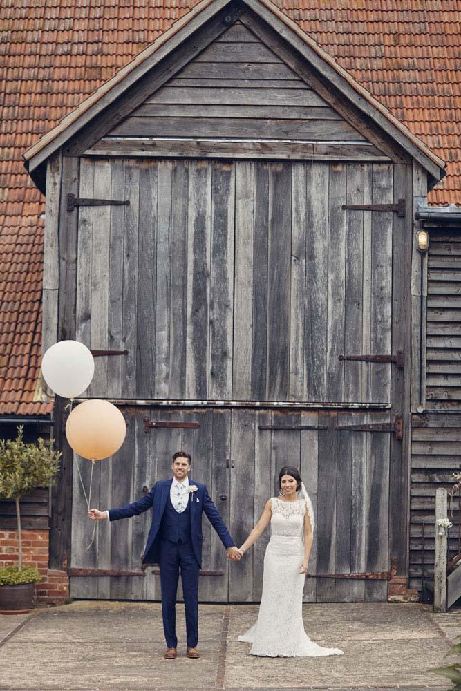 Vintage baloons wedding photo, Moreves Barn in Sudbury Suffolk - www.helloromance.co.uk