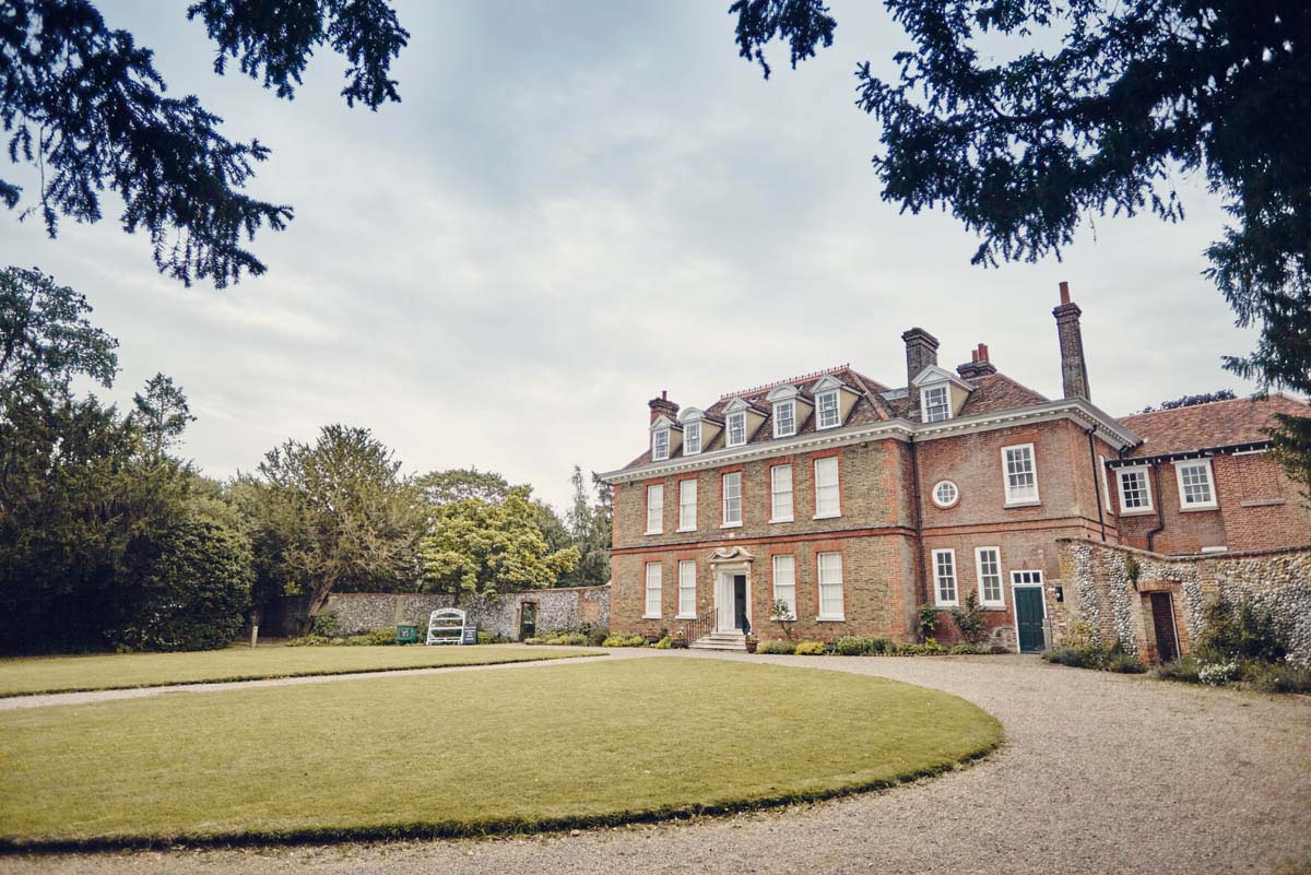 Abbots Hall Wedding at Museum of East Anglian Life - www.helloromance.co.uk