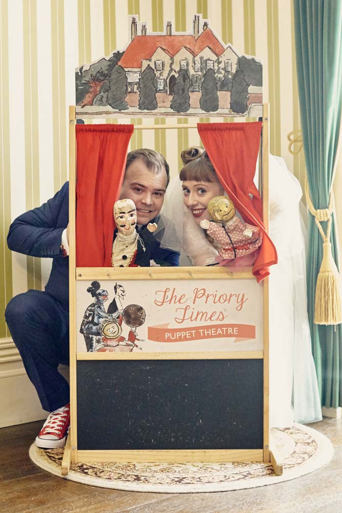 Prittlewell Priory Southend Wedding - punch and judy - www.helloromance.co.uk