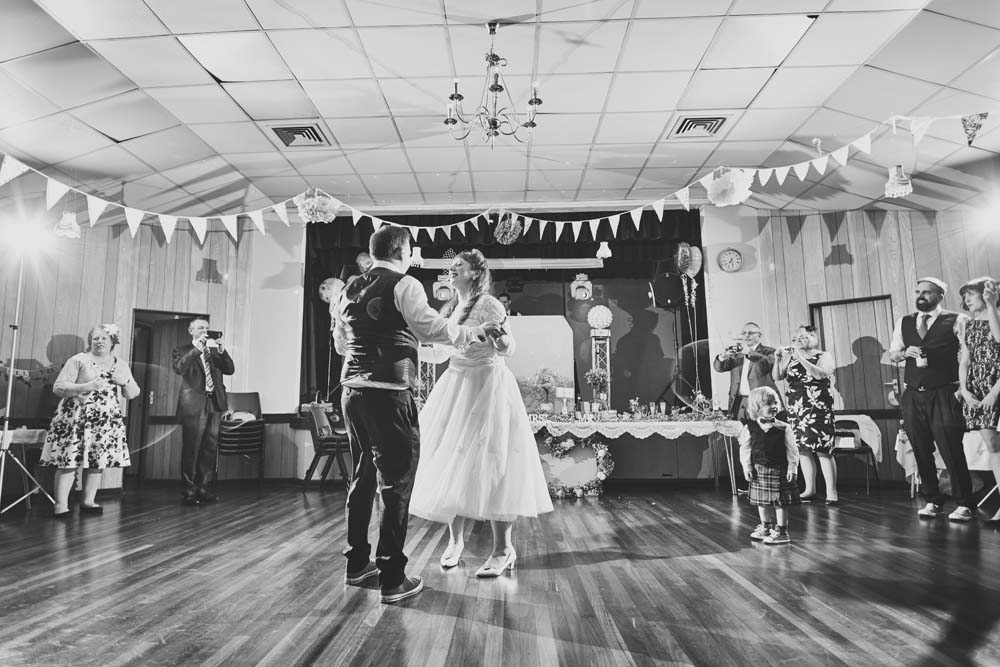 First Dance, Southend Wedding - www.helloromance.co.uk